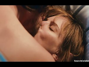 Jennifer Jason Leigh - The Moment (2013)
