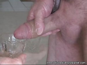 Cum Drinking Super Amateur GILF